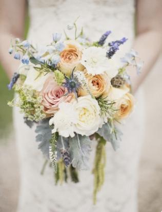 two little birds planning - romantic bouquet